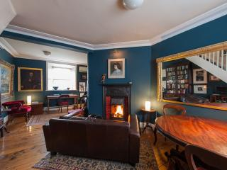 2 bedroom Cottage with Internet Access in Dublin - Dublin vacation rentals