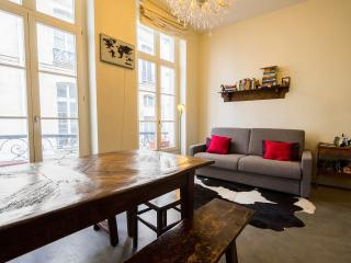 Stylish and unique, right in the centre of Paris. - 2nd Arrondissement Bourse vacation rentals