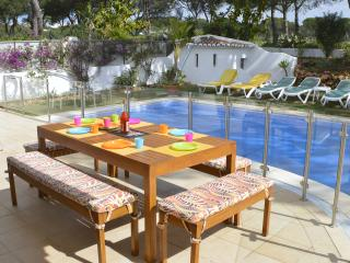 Lovely Villa with Internet Access and A/C - Vilamoura vacation rentals