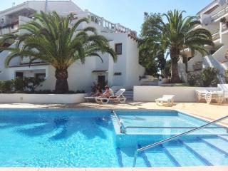 Apartment Residenz El Pino 100 m zum Strand - Cala Ferrera vacation rentals