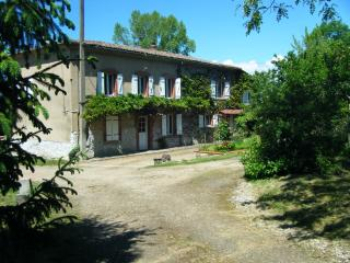 Gite de troisville - parc naturel Livradois-Forez - Sermentizon vacation rentals