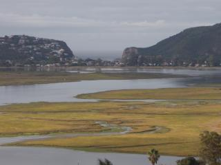 Beautiful 2 bedroom Knysna Cottage with Internet Access - Knysna vacation rentals