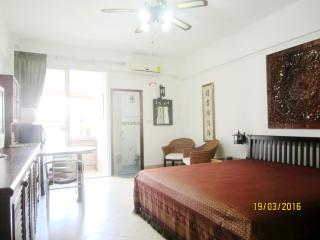 studio R  in PatongCondotel  6 floor  room  47/167 - Patong vacation rentals