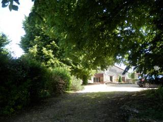 La Grange Gites - Vue de la Chaux: hamlet location - Brantome vacation rentals