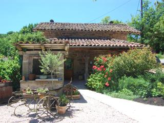 1 bedroom Gite with Television in Lauresses - Lauresses vacation rentals