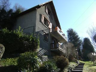 Le Chalet de Marinette, Appartement de 2 à 6 pers. - Lau-Balagnas vacation rentals