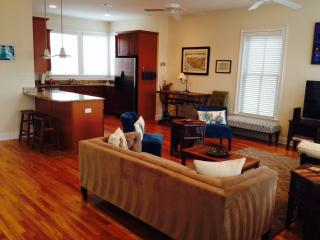 ONE Block to KING-2000sq'-Downtown Charleston Home - Charleston vacation rentals