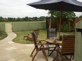 Cosy cottage in Suffolk Countryside - Stowmarket vacation rentals