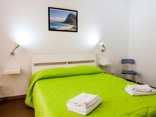 Marina Bay - App. 03 Vista Mare - Trapani vacation rentals