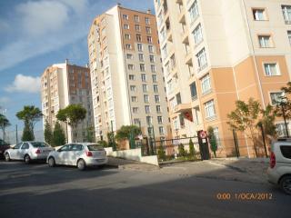 Istanbul Europe ◀▶ Kayasehir Suites - Istanbul vacation rentals