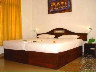 Beautiful 6 bedroom Matara Guest house with Water Views - Matara vacation rentals