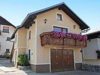 Cozy 2 bedroom Vacation Rental in Cabar - Cabar vacation rentals