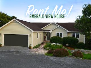 Emerald View House /200Yds. FROM SLEDDING & SLOPES - Beech Mountain vacation rentals