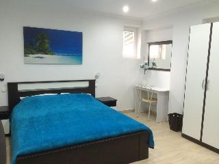 "Room 4, Guest House ""Sidro"" - Selce vacation rentals"