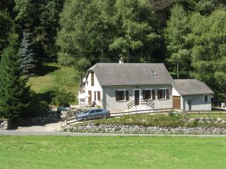 Beautiful Holiday Cottage in St Marie de Campan - Sainte-Marie-de-Campan vacation rentals