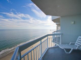 1BR/2BA Oceanfront Condo Penthouse Floor with W/D - Garden City Beach vacation rentals