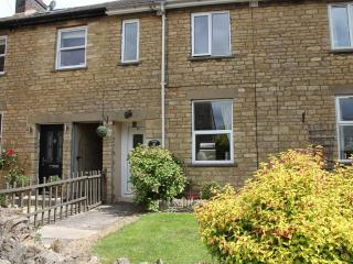 Tukes Cottage (C399) - Chipping Norton vacation rentals