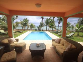 Ocean front villa, 1st floor, infinity pool - Yabucoa vacation rentals