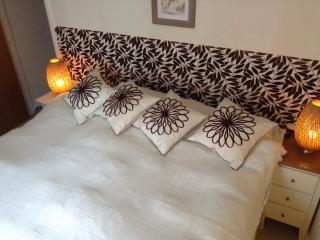 Central London's cosy and contemporary Guestroom - London vacation rentals
