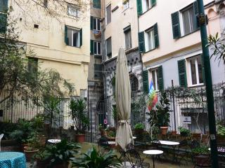 Casa Indoratori - two bedroom flat ideally located - Genoa vacation rentals