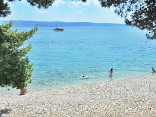 Apt Ivanisevic terrace sea view - Omis vacation rentals