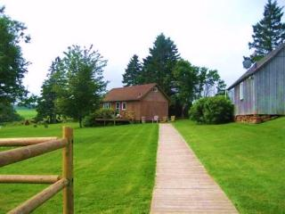 Creekside Cottages & Guesthouse - Stanley Bridge vacation rentals