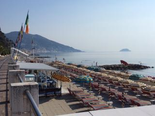 Nice House with Long Term Rentals Allowed (over 1 Month) and House Swap Allowed - Alassio vacation rentals