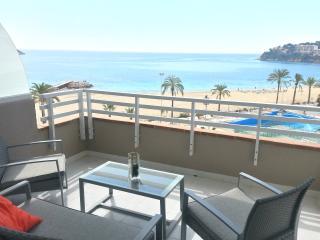 Perfect 1 bedroom Condo in Magalluf with Internet Access - Magalluf vacation rentals