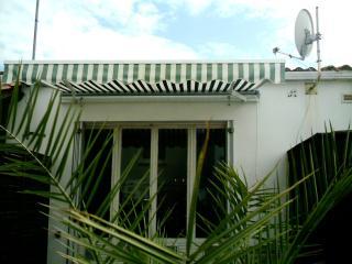 1 bedroom Condo with Grill in La Tranche sur Mer - La Tranche sur Mer vacation rentals