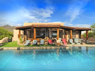 SLEEP 19-ESTATE-HEATED POOL-2 SPAS-OUTSIDE DINING - Scottsdale vacation rentals