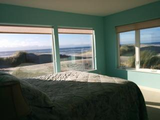 Home by the Sea - Waldport vacation rentals