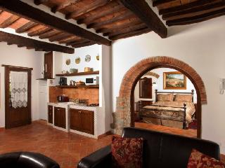 Home Tuscany suite number 2 - Cortona vacation rentals