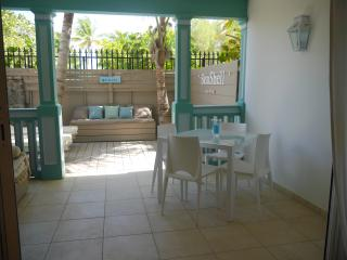 Coté Mer, charming condo on the beach - Orient Bay vacation rentals