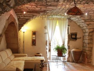Gite de charme en Sud Ardèche - Les Vans vacation rentals