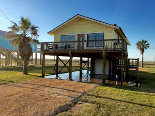 Nice House with Dishwasher and Hot Tub - Surfside Beach vacation rentals
