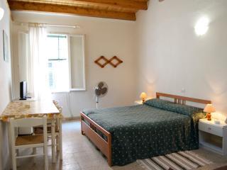 the front window - Alghero - Alghero vacation rentals