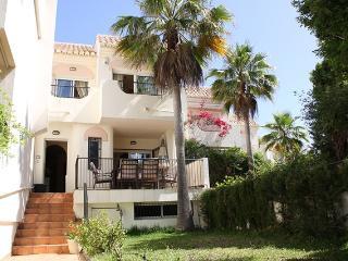 3 bedroom House with Internet Access in Elviria - Elviria vacation rentals