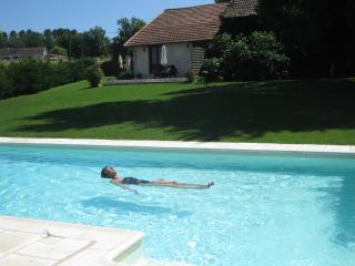 Stunning Gite in beautiful Dordogne - Issac vacation rentals