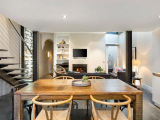 Bright 3 bedroom House in Melbourne - Melbourne vacation rentals