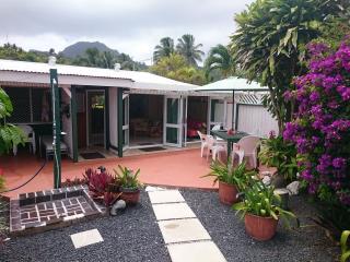 ANNS BEACH HOME Right on the Best Rarotonga Beach - Rarotonga vacation rentals