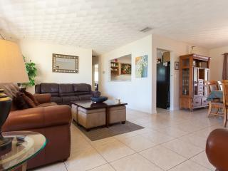Hollywood Florida's Ultimate Vacation Rental Home! - Hollywood vacation rentals