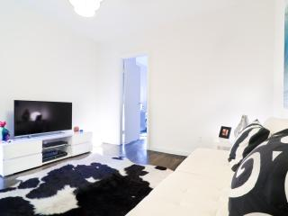Peaceful one bedroom in Time Square - New York City vacation rentals