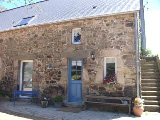 2 bedroom B&B with Internet Access in Les Pieux - Les Pieux vacation rentals