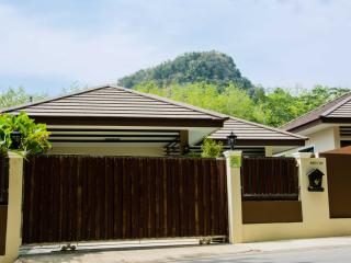 Nice Villa with Internet Access and Parking Space - Ao Nang vacation rentals