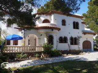 Villa Isalina - Miami Platja vacation rentals