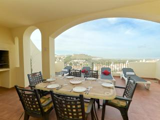 Stunning 3 Bedroom Los Olivos Apartment - Los Belones vacation rentals