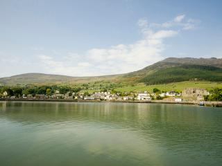 Nice Cottage with Internet Access and DVD Player - Carlingford vacation rentals