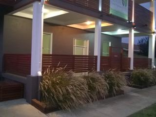 Revive Central Apartments - Luxury Queen 2 Bed Apt - Temora vacation rentals