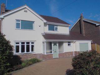 3 bedroom House with Washing Machine in Frinton-On-Sea - Frinton-On-Sea vacation rentals