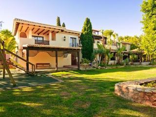 Beautiful Spanish 5 Bedroom Villa - Los Belones vacation rentals